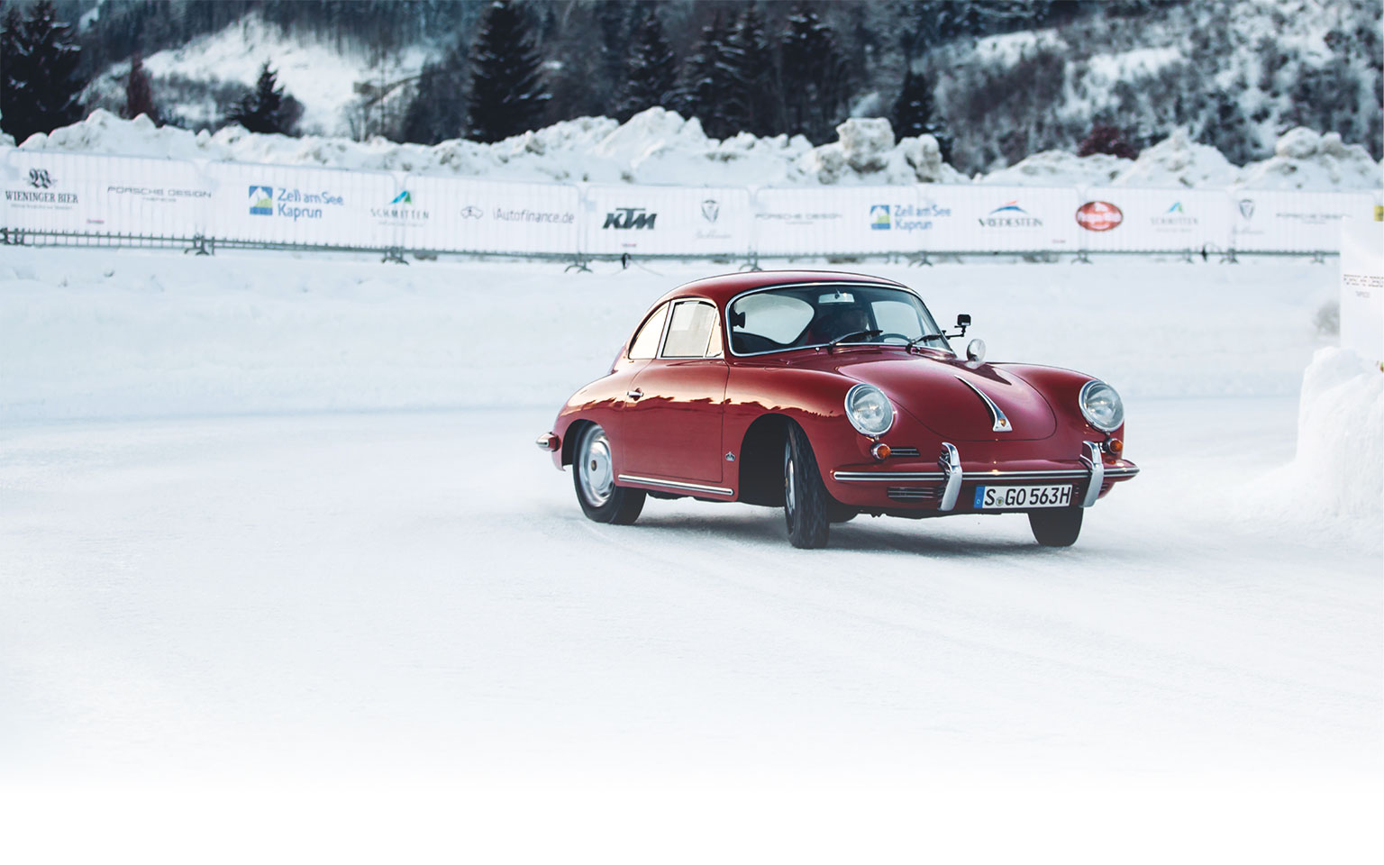 Mark Webber swapped his old Porsche 919 LMP1 for a dainty 356, which kept him entertained