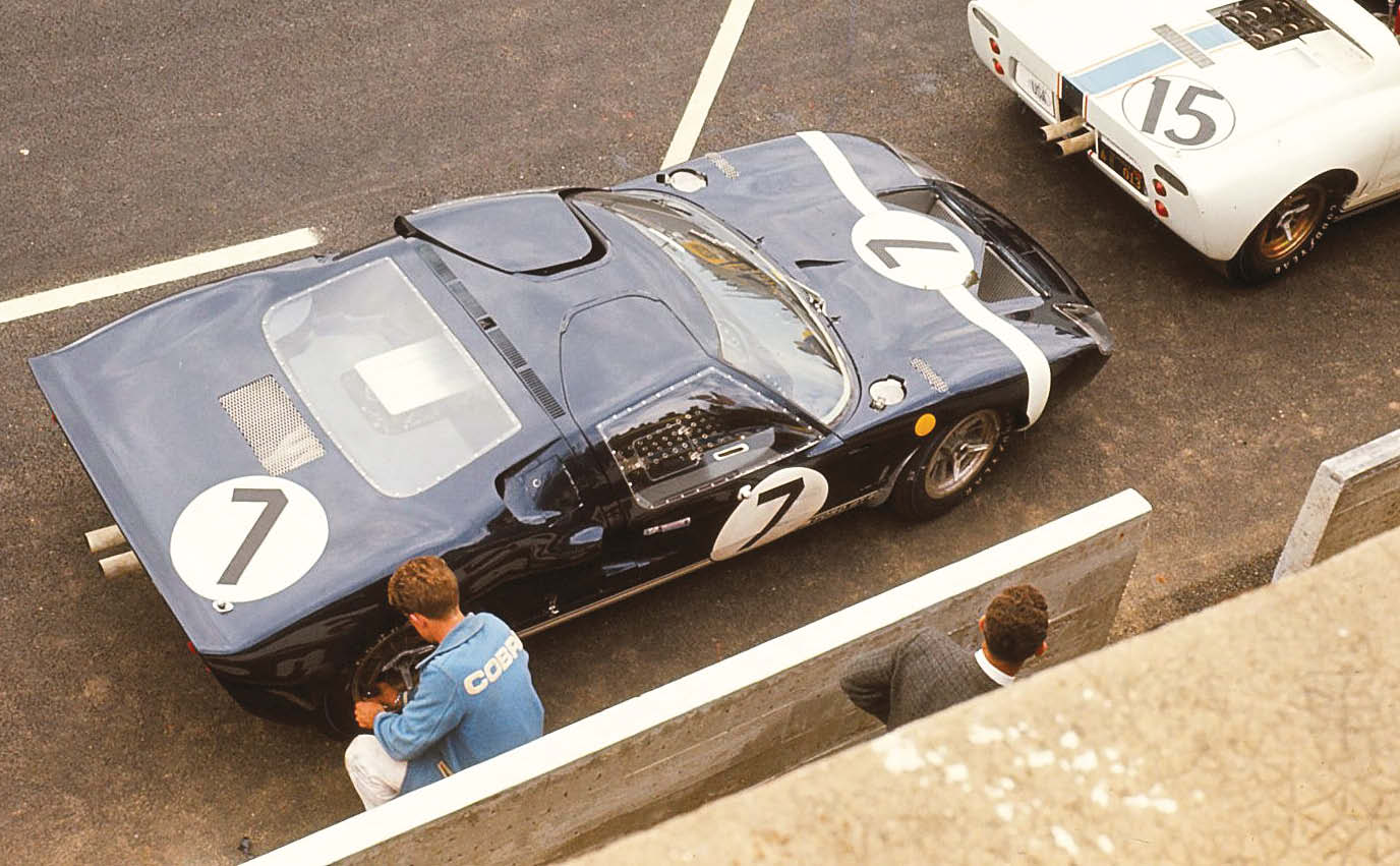 Early into its production, the Ford GT40 started to make an impact. Rob Walker's entry was quick before blowing up