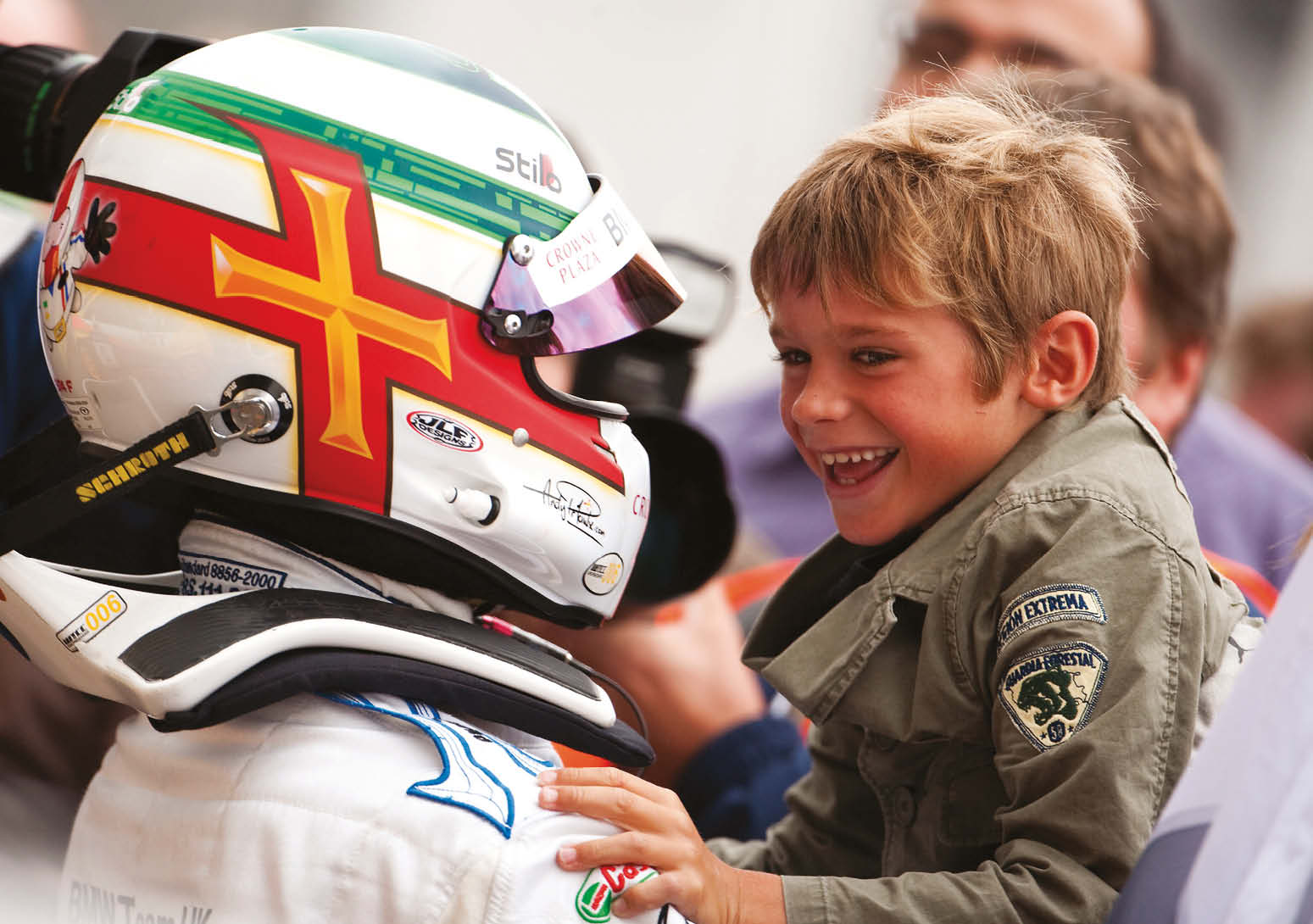 Andy celebrates another WTCC victory back in 2009, with a young Sebastian