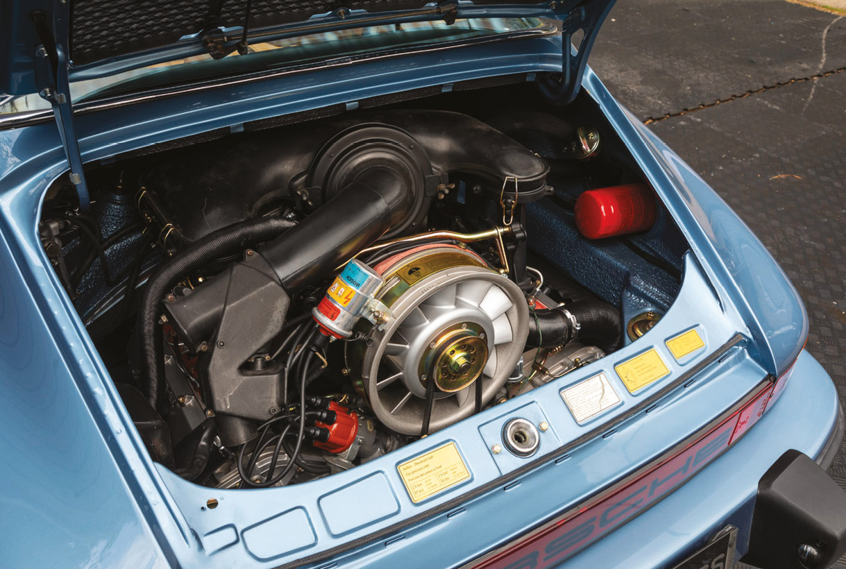 This car includes the MFI engine usually found in the 2.7 RS