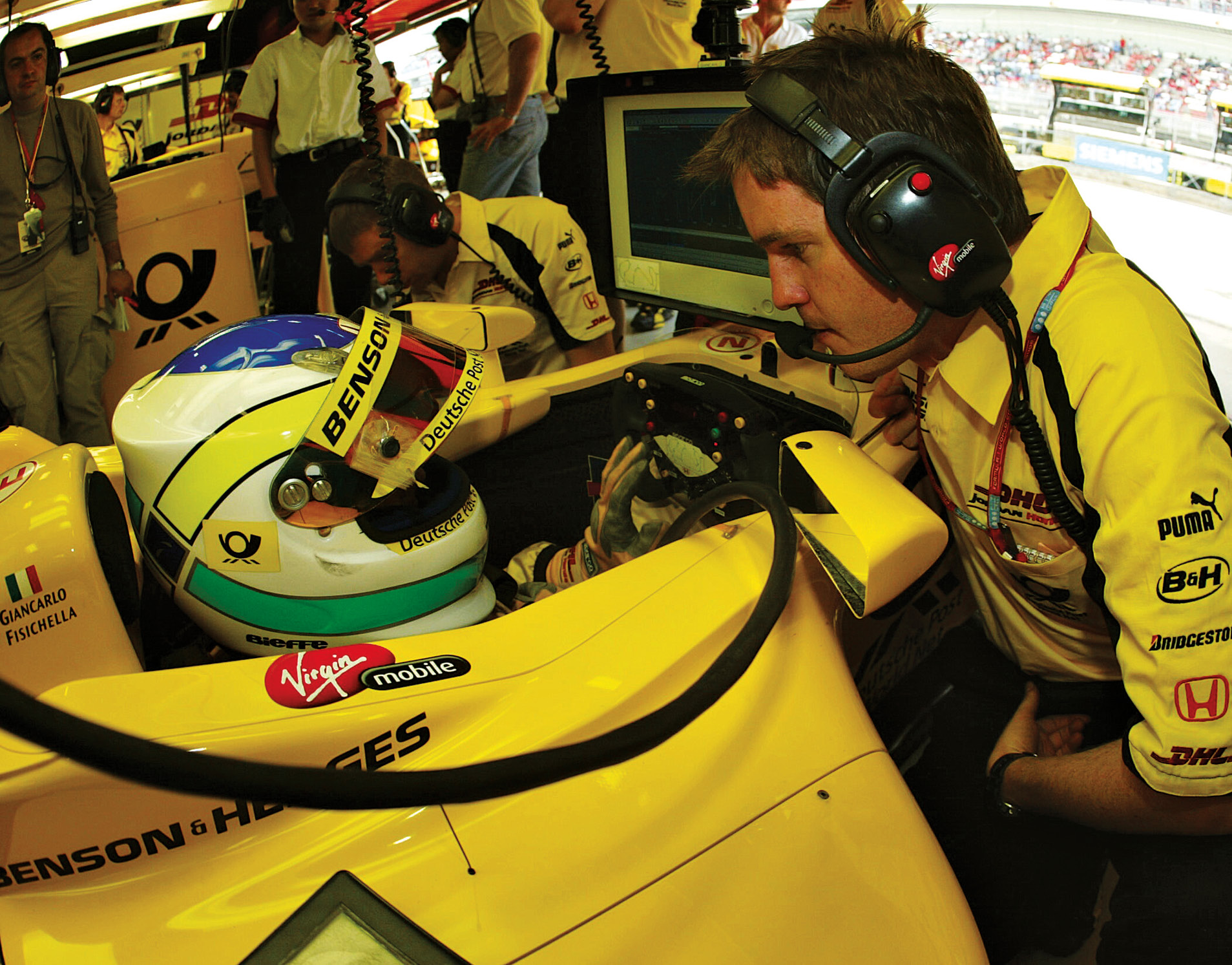 Smedley and Giancarlo Fisichella worked together at Jordan in 2002-03