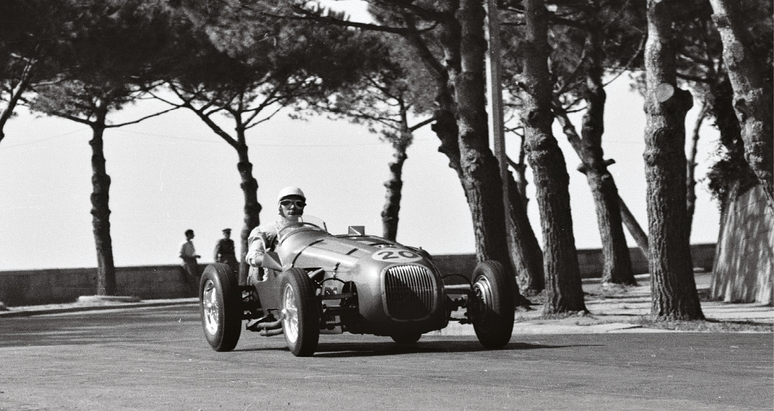 Naples 1950: Moss headed Cortese's Alfa until a major smash – but Macklin's HWM was second