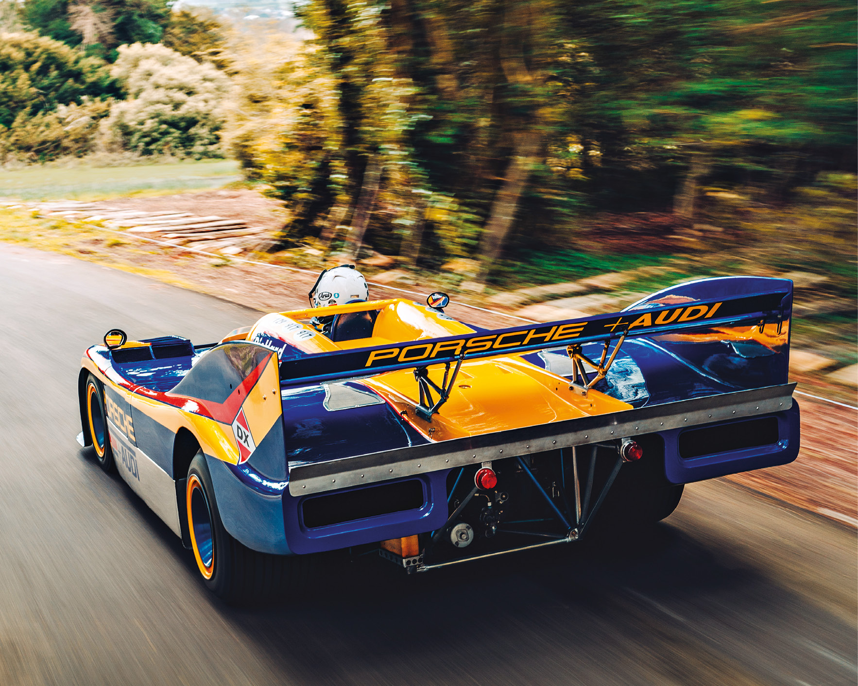 With a huge 5.4-litre flat-12 engine and weighing in at only 850kg, the 917/30 had brutal acceleration