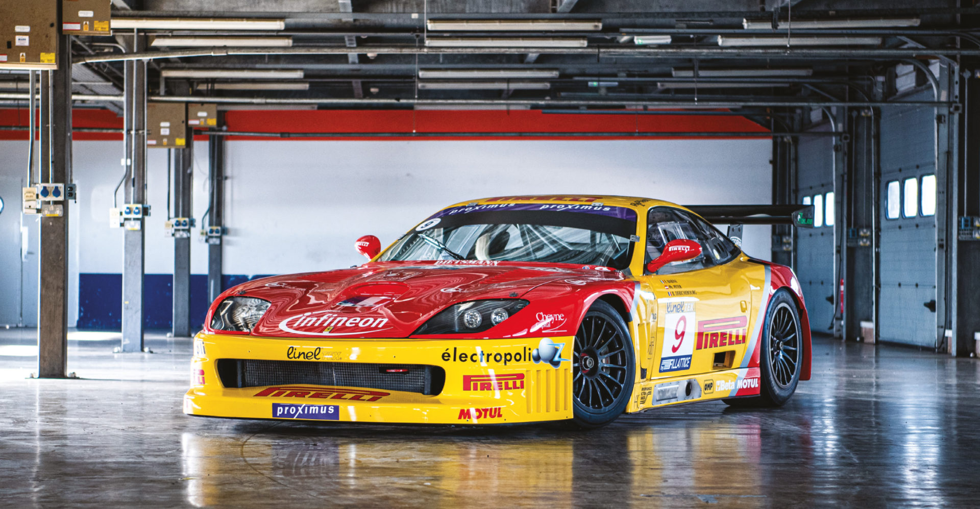 A predator in waiting. The 550 Maranello GT1 sits menacingly in the Rockingham garages