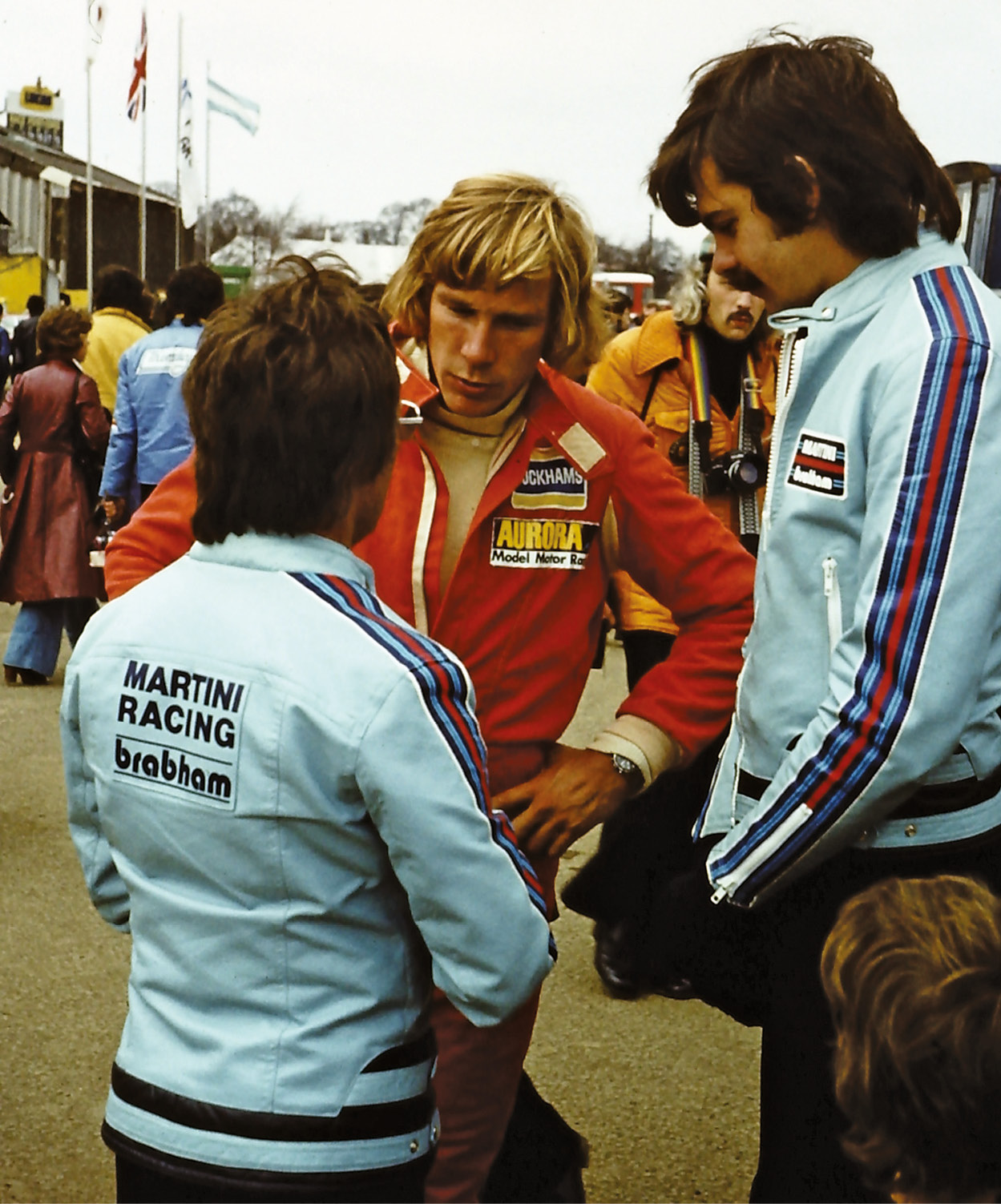 James Hunt converses with Brabham's Bernie Ecclestone (left) and Gordon Murray. Bernie would offer Hunt a seat with the team for 1982, but Hunt declined the comeback