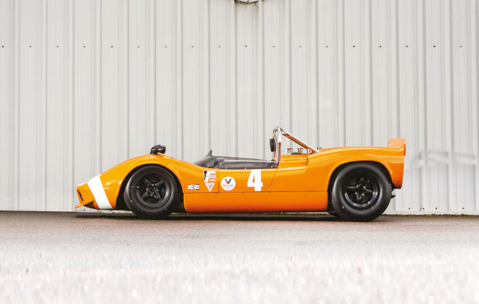 McLaren's relationship with Elva helped create the M1A and later M1B (pictured)