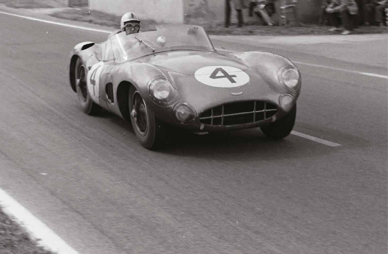 Ogier also ran a DBR1/300 in 1961 Le Mans