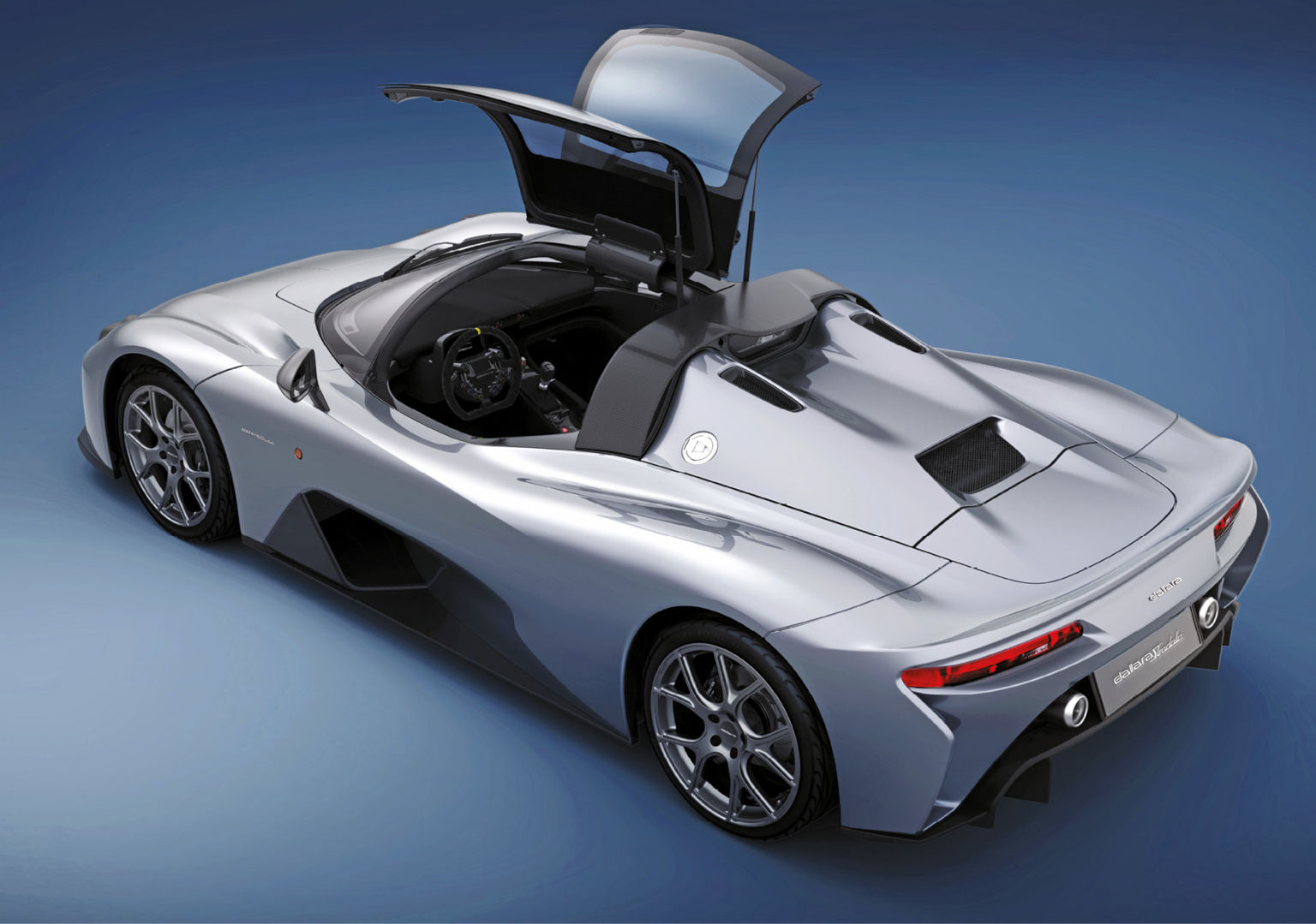 When not an open-topped roadster the Stradale can become a gull-winged coupe