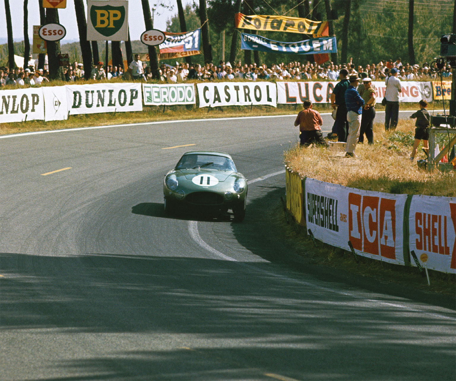 Le Mans '62 wasn't a happy hunting ground for the cars, with Hill/Ginther retiring