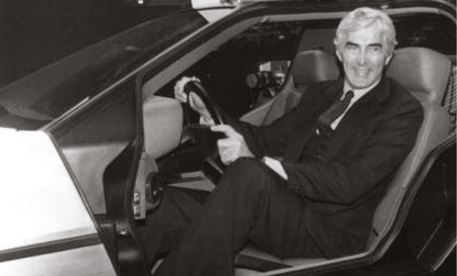 Controversial to the end, John Z DeLorean gets a lot of attention from Ludvigsen's new book